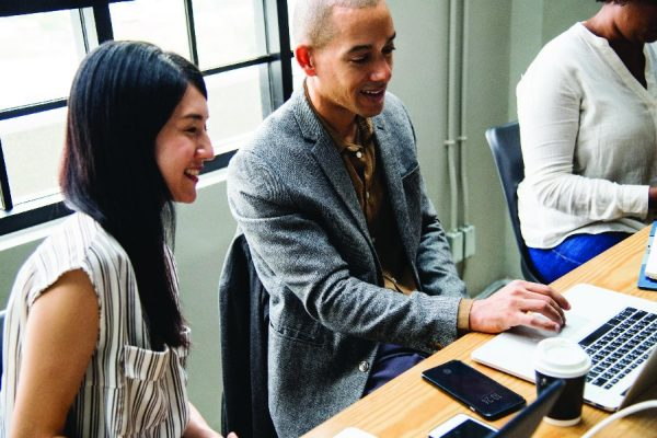 shippingจีนเริ่มต้นธุรกิจขายของออนไลน์ให้ประสบความสำเร็จ  shippingจีน เริ่มต้นธุรกิจขายของออนไลน์ให้ประสบความสำเร็จ DD Online1 01 600x400