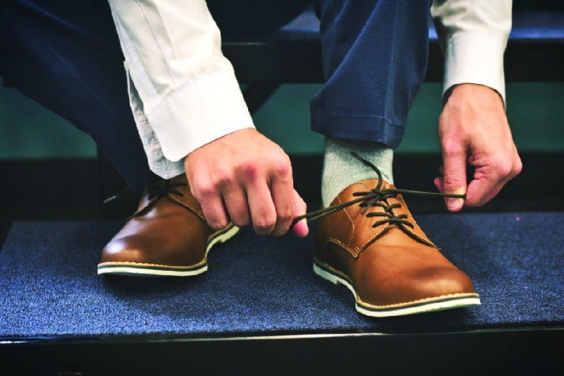 สินค้าจากจีนกับเทคนิคการเลือกซื้อรองเท้าหนังอย่างไรใส่แล้วดูดี  สินค้าจากจีนกับเทคนิคการเลือกซื้อรองเท้าหนังอย่างไรใส่แล้วดูดี SH123 02 800x533