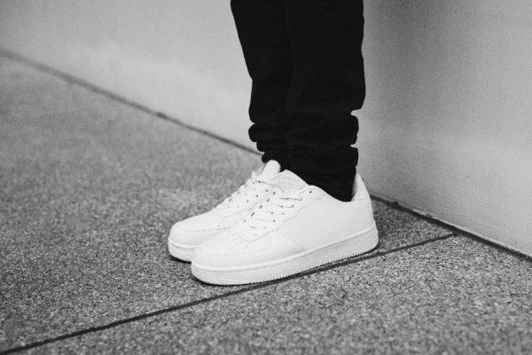 สินค้าพรีออเดอร์กับ 7 วิธีเลือกซื้อรองเท้าให้โดนใจ