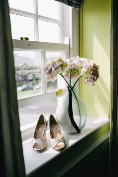 พรีออเดอร์จีนกับ 5 วิธีเลือกรองเท้าให้เหมาะกับเท้าของคุณสาว ๆ