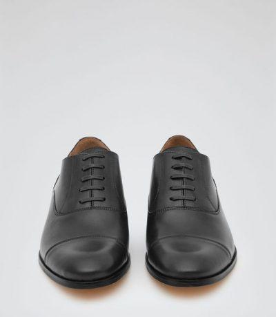 ชิปปิ้งจีนกับรองเท้า 4 แบบให้หนุ่ม ๆ ได้เลือกใส่  ชิปปิ้งจีนกับรองเท้า 4 แบบให้หนุ่ม ๆ ได้เลือกใส่ ed7ade05ade86362de7efedd133aea9a 400x459