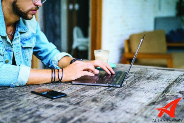 สินค้าจากจีนกับอุปกรณ์ทำความสะอาดแล็ปท็อป